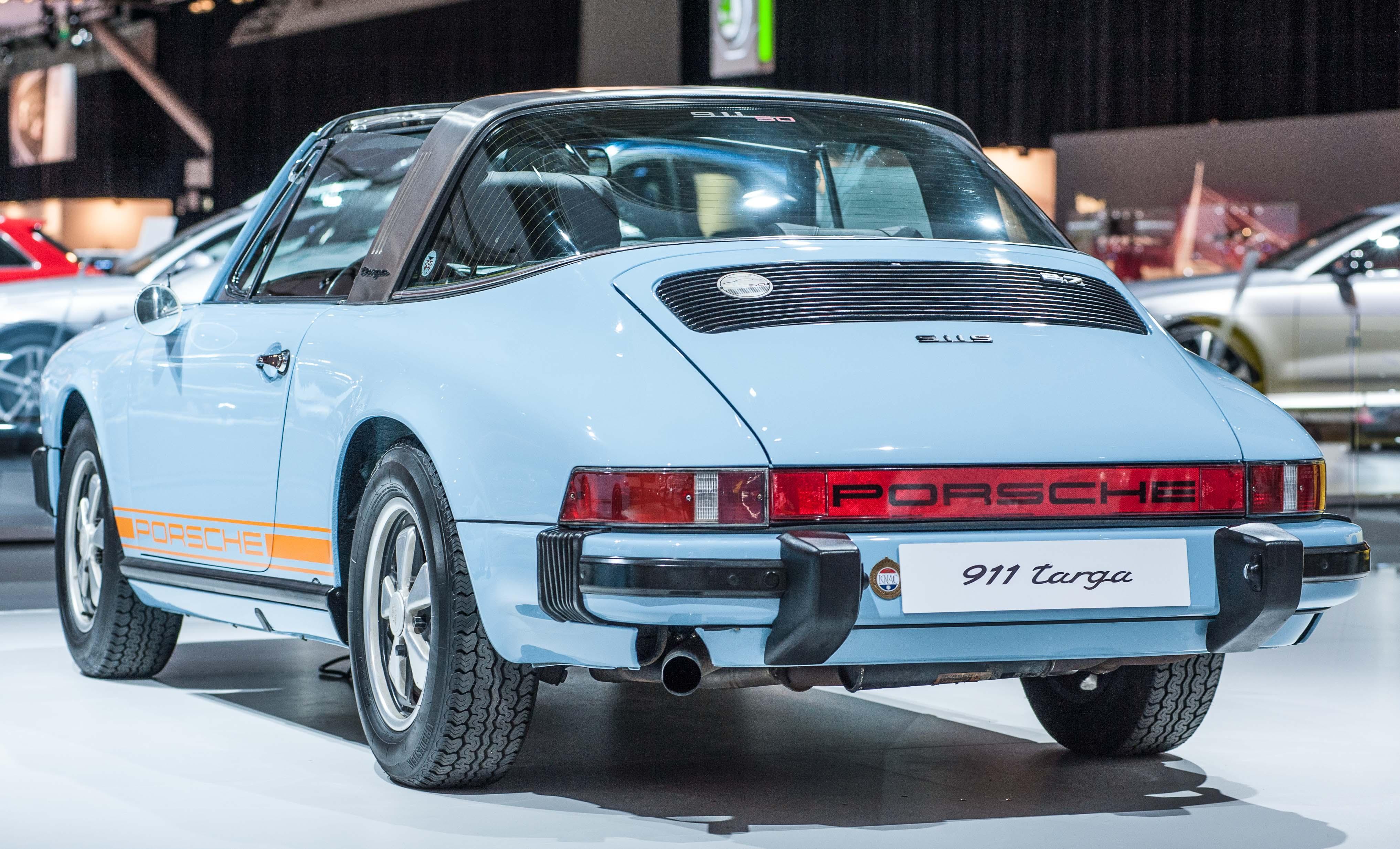 911 targa blue